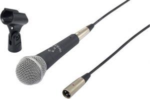 Microfono con cable XLR conectado